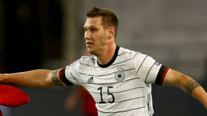 News video: Bayern-Star Niklas Süle positiv auf Coronavirus getestet