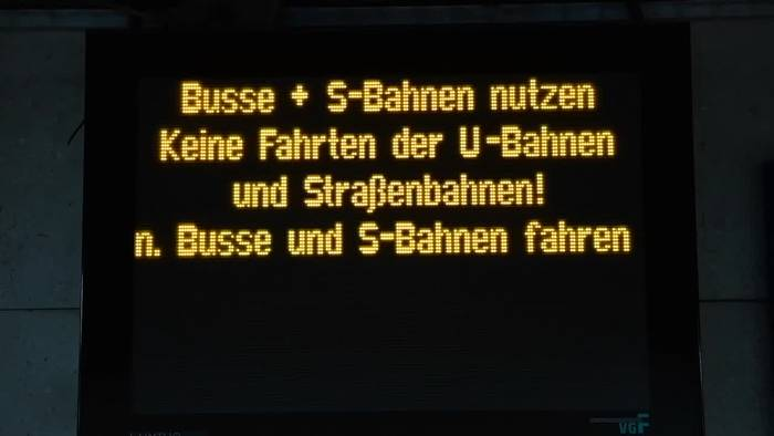 Video: Warnstreiks  im Öffentlichen Nahverkehr in Hessen