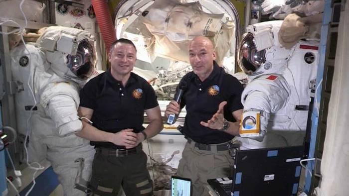 News video: ISS-Astronauten über schwierigen Außenbordeinsatz: