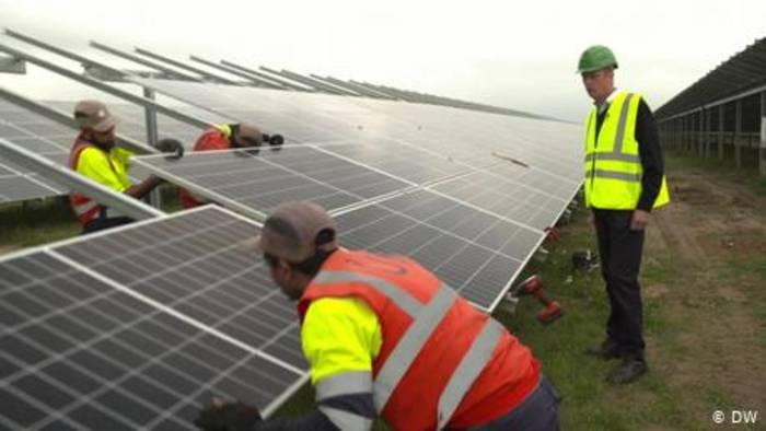 News video: Sonnige Aussichten: Boom der Solarwirtschaft