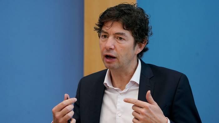 News video: Virologe Drosten fordert: Jeder sollte Kontakt-Tagebuch führen
