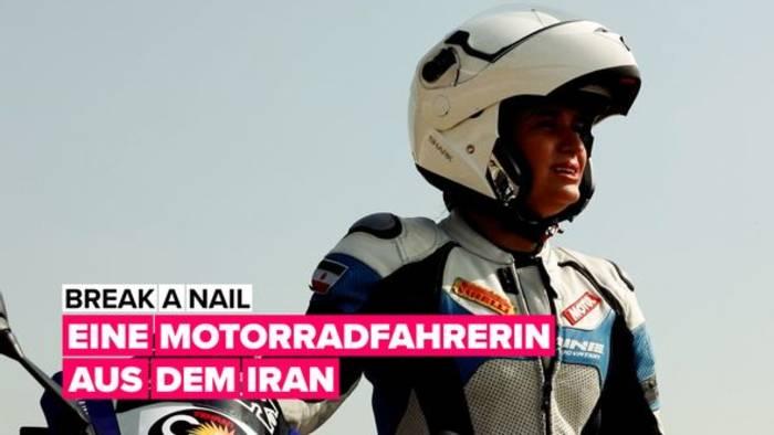 News video: Break a nail: Eine Motorradfahrerin aus dem Iran