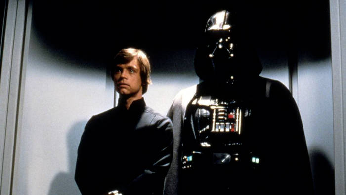 News video: Darth-Vader-Darsteller David Prowse: