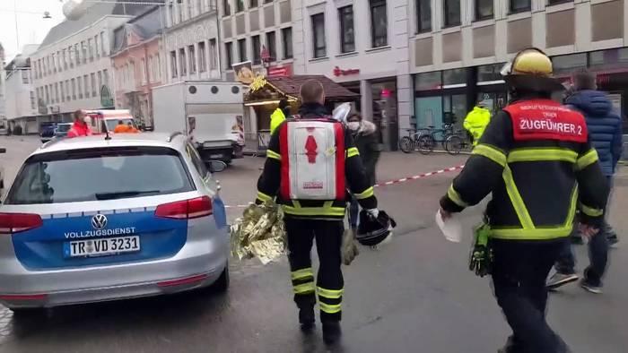 News video: Trier: Auto rast durch Fußgängerzone, mehrere Tote, Fahrer ist 51-jähriger Deutscher