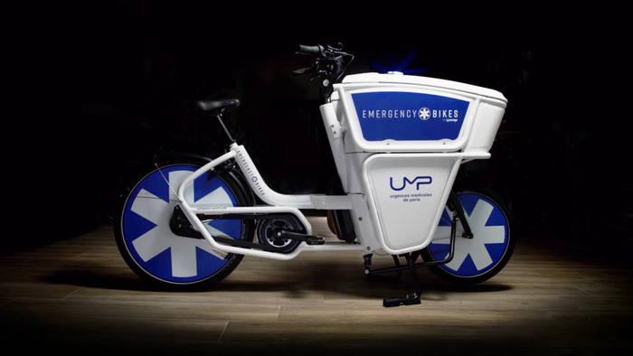 News video: Pariser Rettungskräfte: Auf dem E-Bike durch den Stau