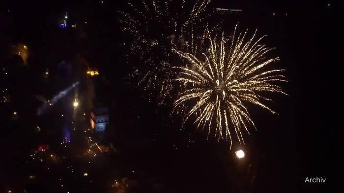 News video: Corona-Zahlen bleiben hoch - Strengere Regeln zu Silvester?