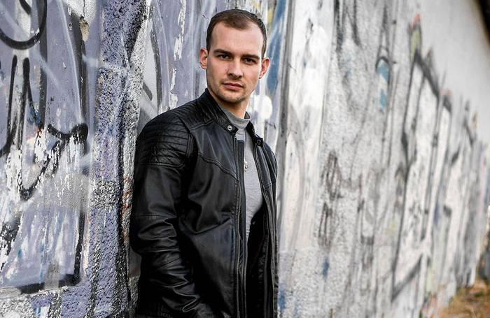 Video: Menowin Fröhlich: Unterstützung von Eric Stehfest