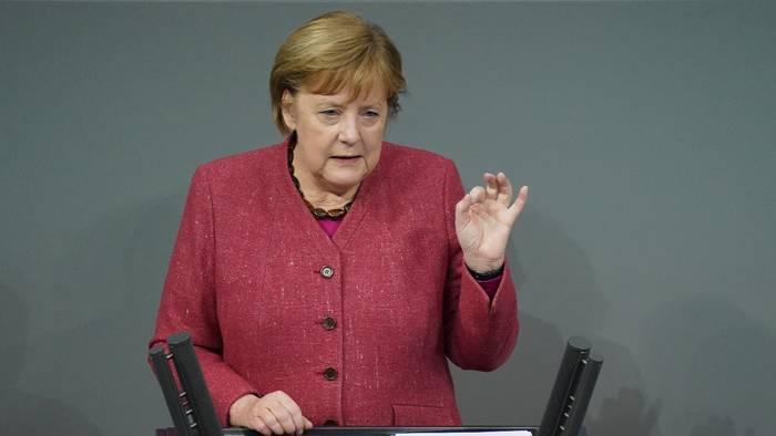 News video: Dramatischer Appell: Merkel warnt vor letztem Weihnachten mit Oma und Opa
