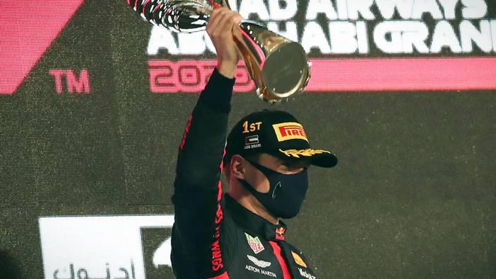 News video: Verstappen gewinnt Saisonfinale, Ferrari sagt grazie #Seb5