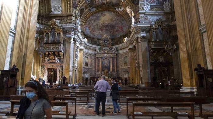Video: Wegen Corona werden in Italien die Christmetten vorverlegt
