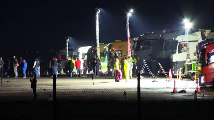 Video: Frankreich öffnet Grenze - Massentests für Lkw-Fahrer in Dover