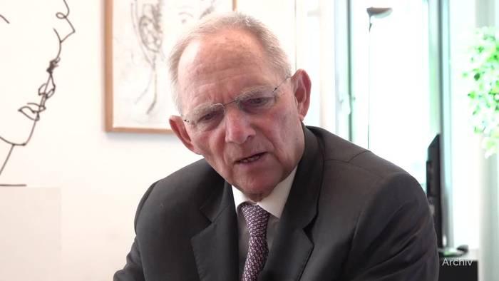 News video: Debatte über weniger Einschränkungen für Corona-Geimpfte