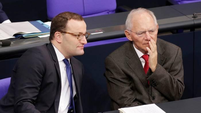 News video: Zu wenig Impfstoff in Deutschland? Schäuble hält Spahns Entscheidung für