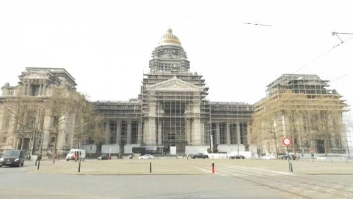 Video: Fast 40 Jahre Planung: Eines der größten Gebäude Europas wird renoviert