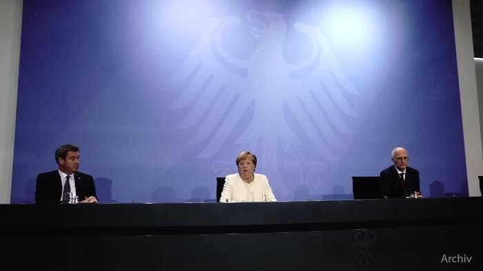 News video: Umfrage: Große Mehrheit zweifelt an Merkels Impfversprechen