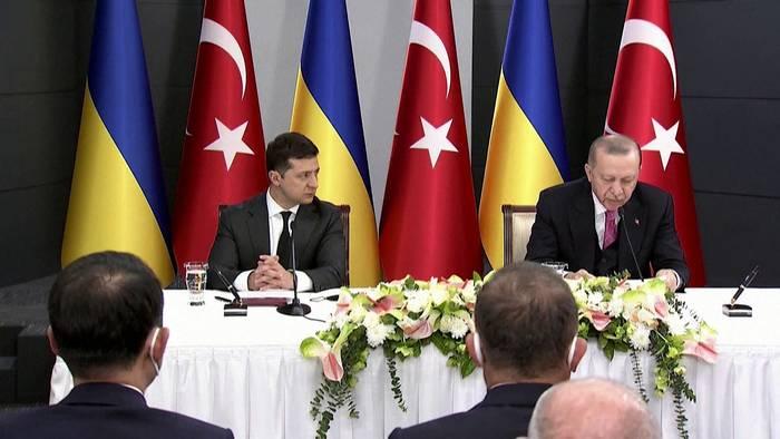 News video: Selenskyj-Besuch: Türkei fordert Deeskalation in der Ukraine