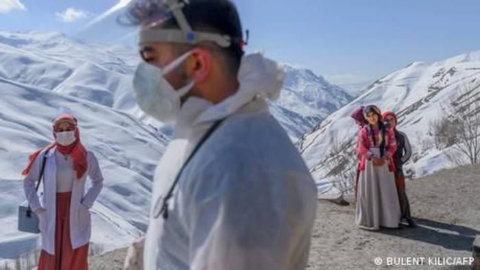 Video: Türkei: Corona-Impfkampagne erreicht Bergdörfer