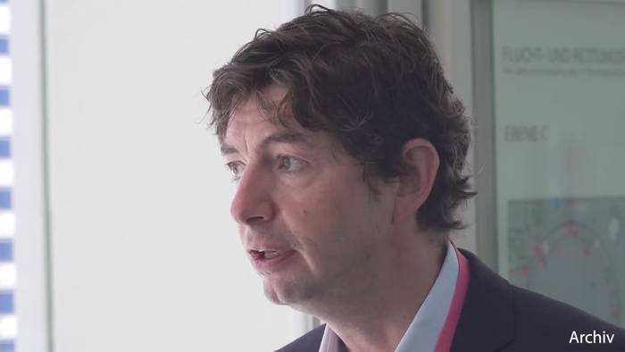 Video: Drosten: Weitere Maßnahmen neben Corona-Notbremse nötig