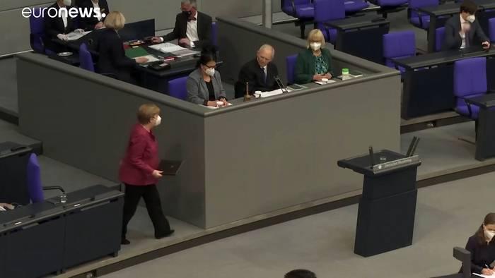 News video: LIVE: Merkel wirbt im Bundestag für umstrittene Bundesnotbremse