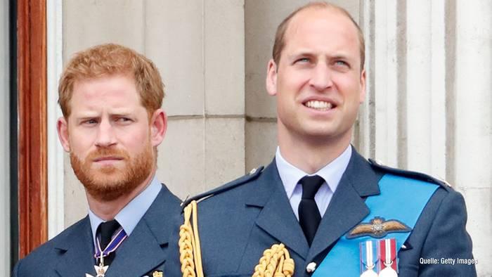 Video: Harry & William getrennt bei der Beerdigung von Prinz Philip?