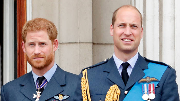 Video: William und Harry: Hintereinander statt Seite an Seite