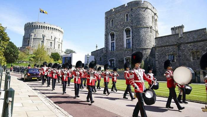 Video: Windsor: Royal Family nimmt Abschied von Prinz Philip