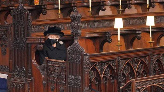 News video: Prinz Philips Beerdigung: So einsam trauerte die Queen
