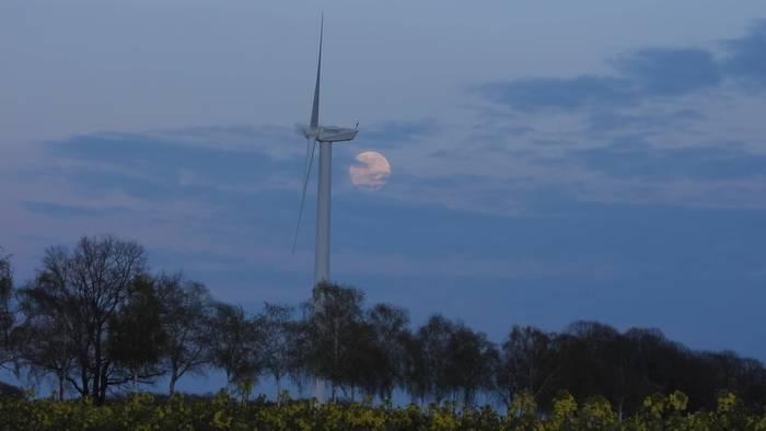 News video: Spektakel am Himmel: Super-Mond des Jahres