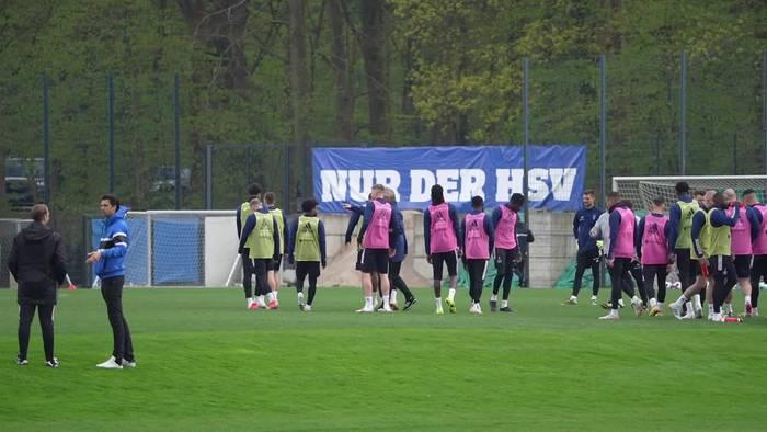 News video: Hamburger Trainertausch: Hrubesch soll HSV-Aufstieg retten