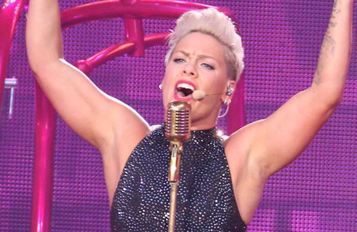 News video: Pink schrieb ihr Testament neu