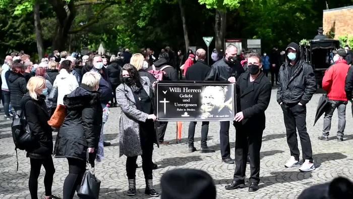 News video: «Lindenstraße»-Schauspieler Willi Herren in Köln beerdigt