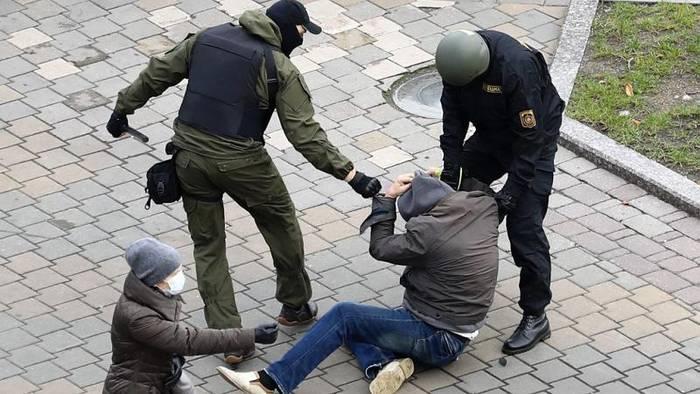News video: Strafanzeige gegen Folterknechte in Belarus