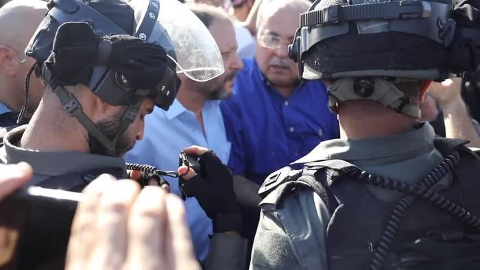 News video: Mehr als 200 Verletzte bei Auseinandersetzungen in Jerusalem