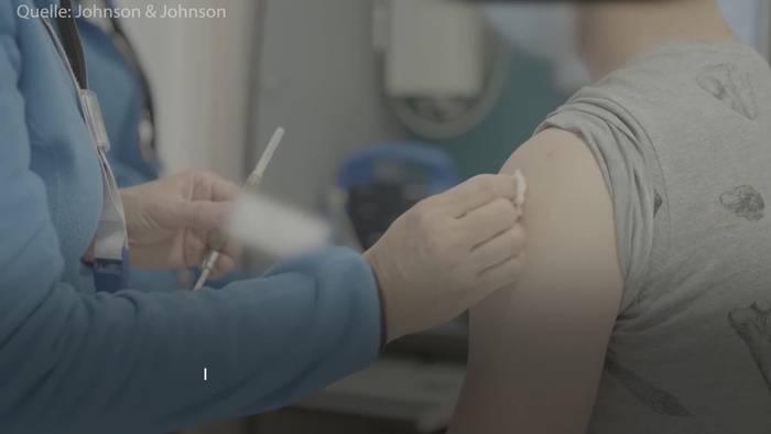 Video: Johnson & Johnson vor allem für Menschen ab 60