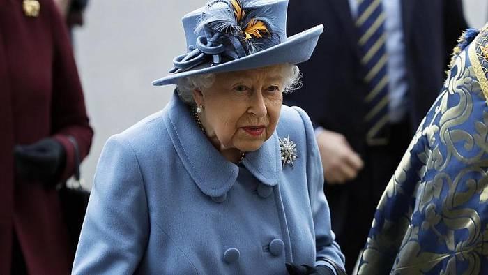 Video: Queen's Speech: Elizabeth II stellt Johnsons Programm vor