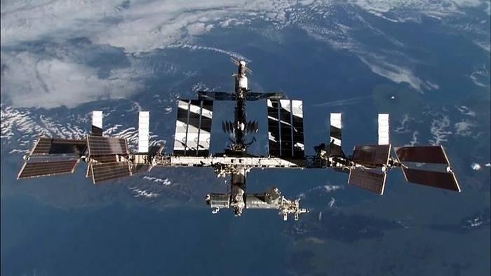 News video: Spielfilm im All: Schöne Russinnen fliegen auf die ISS