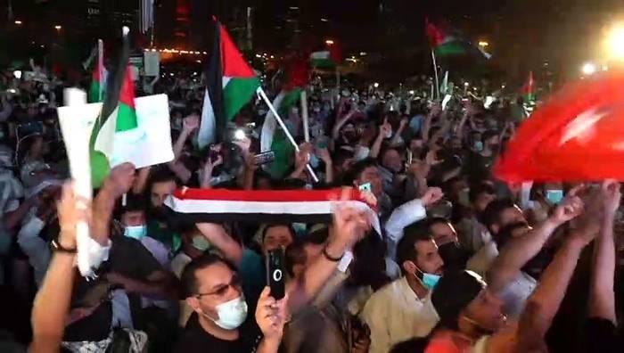 Video: Raketenhagel über Tel Aviv - Israel bombardiert Hamas-Anführer