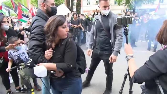 News video: Journalistin in Berlin angegriffen: