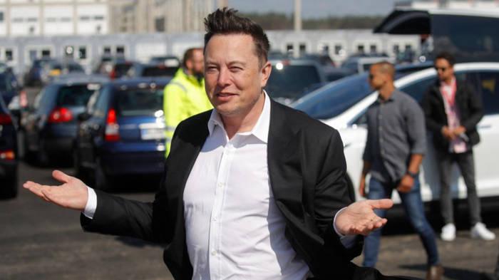 Video: Tesla-Chef Musk plötzlich in Berlin: Das steckt hinter dem Besuch