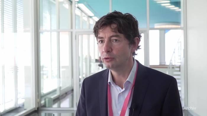 Video: Virologe Drosten: So schnell wie möglich durchimpfen