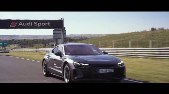 Video: Der AUDI RS e-tron GT, Protagonist der Herausforderung