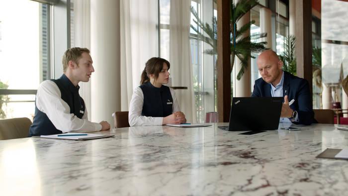 Video: Digitale Bildung: Wie Azubis zu Scoial-Media-Botschaftern des Unternehmens werden