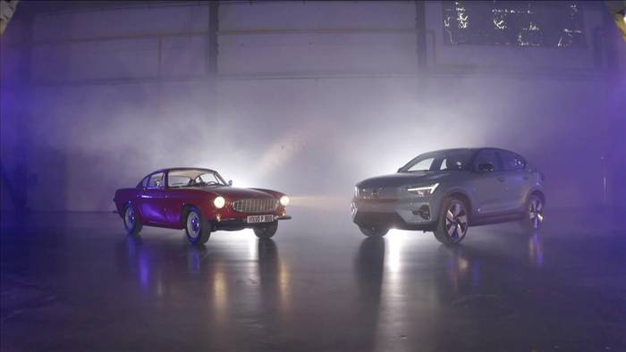 News video: Volvo C40 Recharge im Vergleich mit Volvo P1800