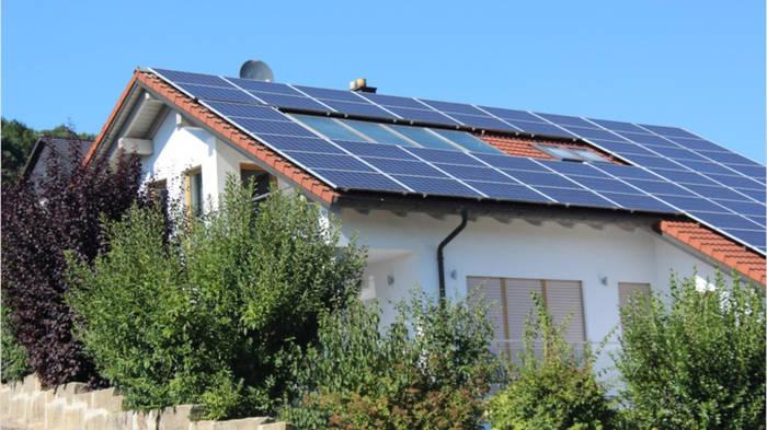 Video: Klimaschutz-Sofortprogramm: Kommt 2022 die Solardach-Pflicht?