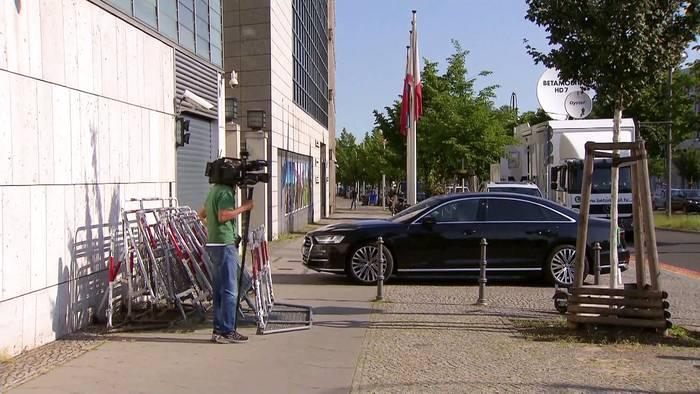 News video: Laschet nach Sachsen-Anhalt: Der Gegner ist Grün, nicht Blau