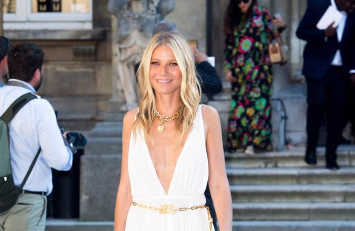 News video: Gwyneth Paltrow: Piercing-Tradition