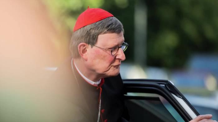 News video: Kardinal Woelki firmt Jugendliche - trotz Protesten