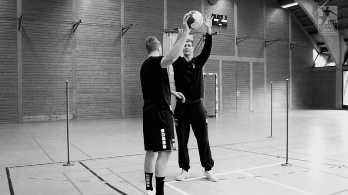 News video: Handball-Masterclass mit Finn Lemke (MT Melsungen): der perfekte Block