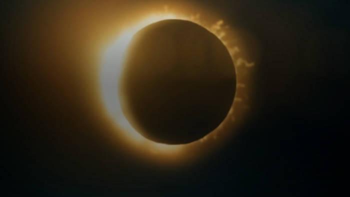 News video: Kurz vor Mittag geht es los: Partielle Sonnenfinsternis in Nordeuropa