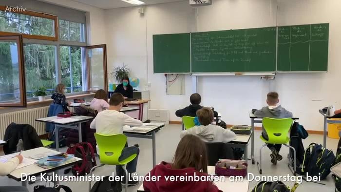 News video: Schulen sollen im neuen Schuljahr offen bleiben